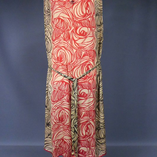 A Printed Silk Pongee Day Dress By Raoul Dufy For The Atelier Martine - Paul Poiret (Attributed to) France Paris Circa 1915