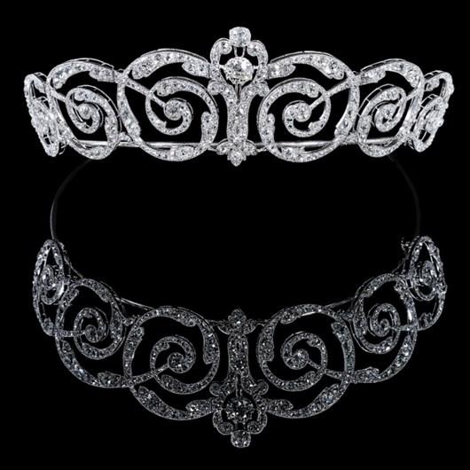 Platinum and diamond tiara. 1900s.