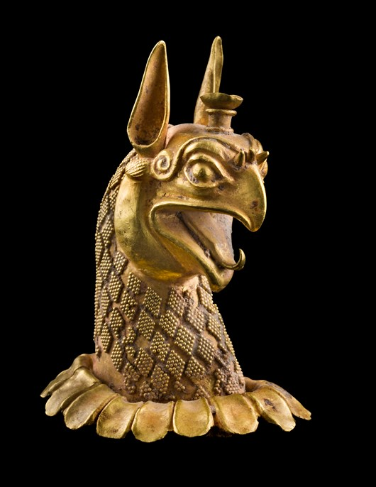 GOLD HEAD OF A GRIFFIN