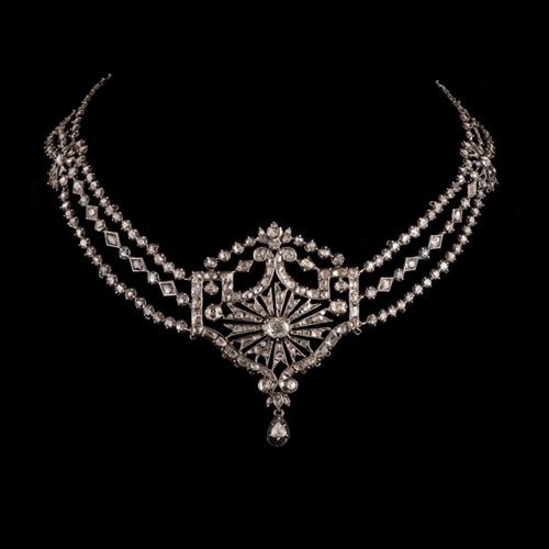 Late 18th century necklace.