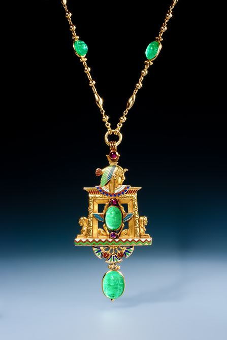 Rare Egyptian revival pendant by Wièse in gold, rubies, emeralds and enamel