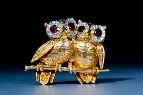 Charming owl brooch by Cartier