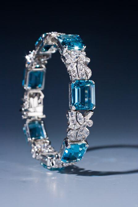 Beautiful aquamarine and diamond bracelet by Raymond Yard