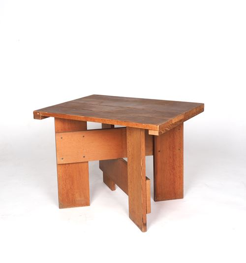 Lage 'Krattafel', Low 'Crate Table'